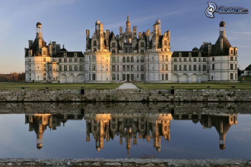 Chambord slott, Cosson, spegling