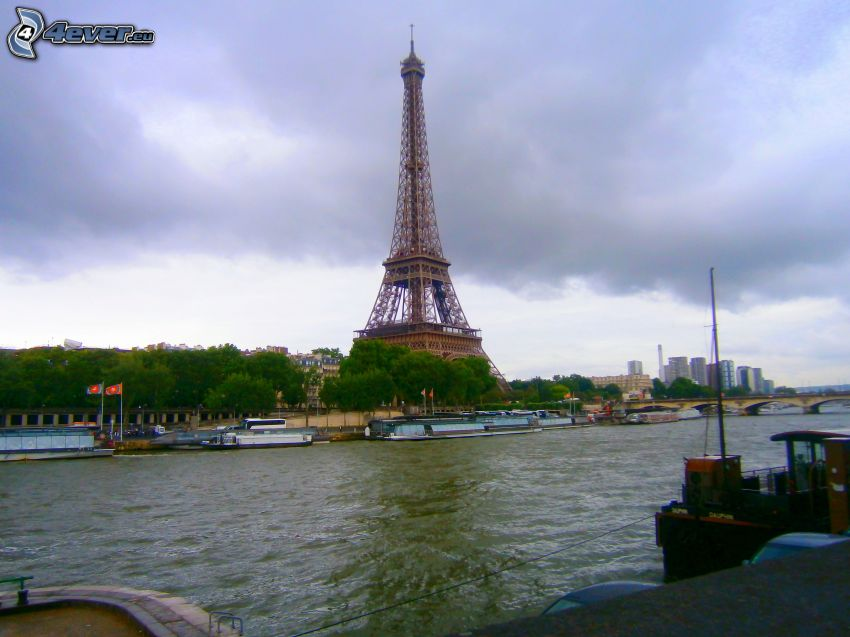 Eiffeltornet, Seine, Paris, Frankrike, fartyg