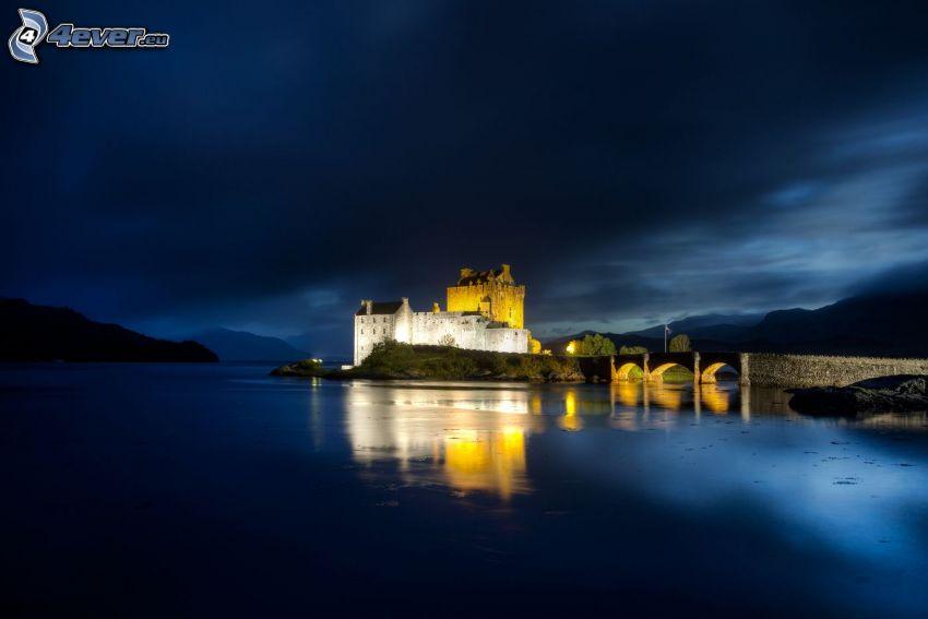 Eilean Donan, natt, flod, spegling