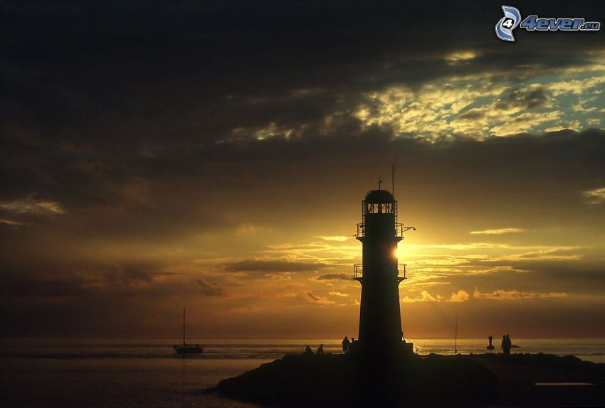 fyr vid solnedgång, hav, moln