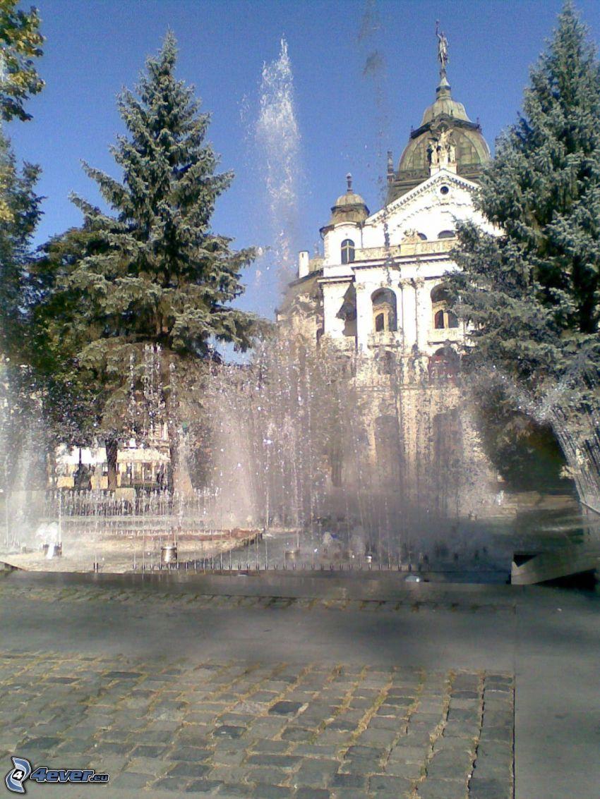 Košice, fontän, teater