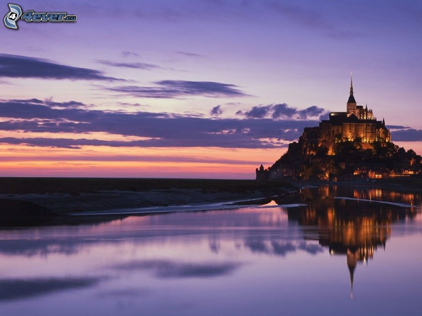 Mont Saint-Michel, slott, sjö, kväll
