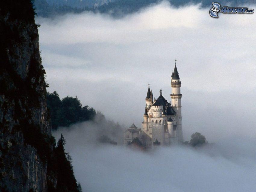 Neuschwanstein i dimma, slott, Tyskland
