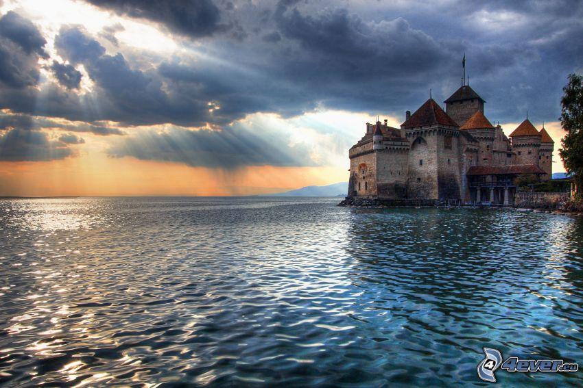 slottet Chillon, Genèvesjön, Schweiz, slott vid vatten