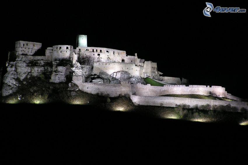 Spiš Castle, natt, belysning