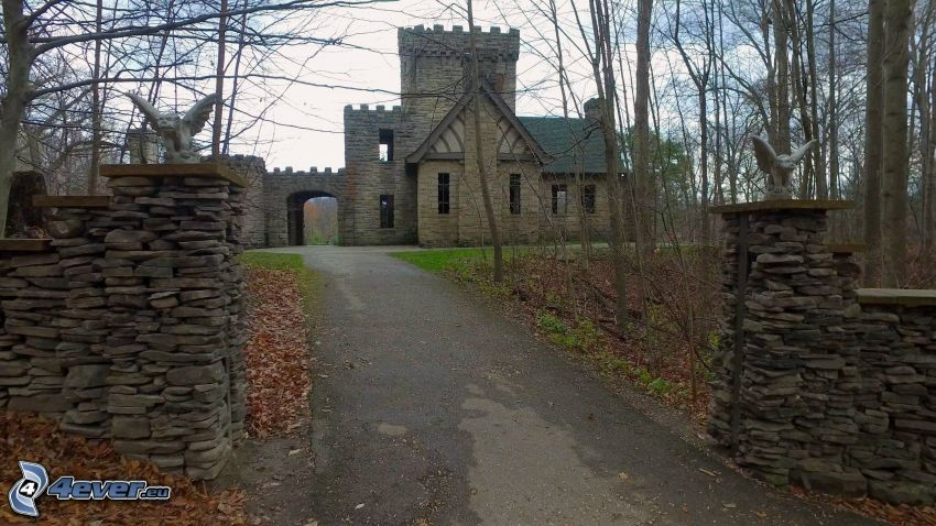 Squire's Castle, väg
