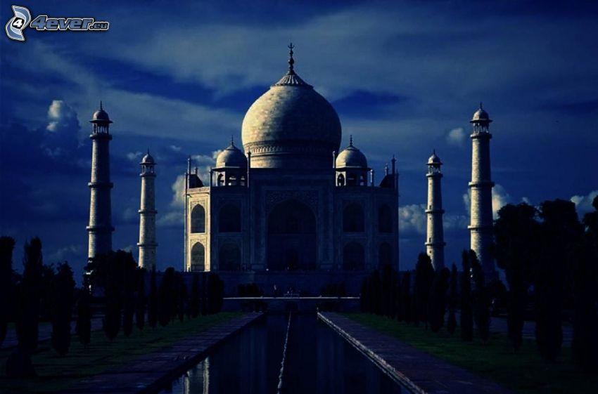Taj Mahal, natt