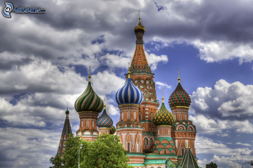 Vasilijkatedralen, moln