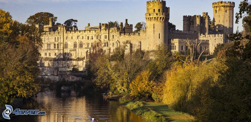 Warwick Castle, flod, grönska