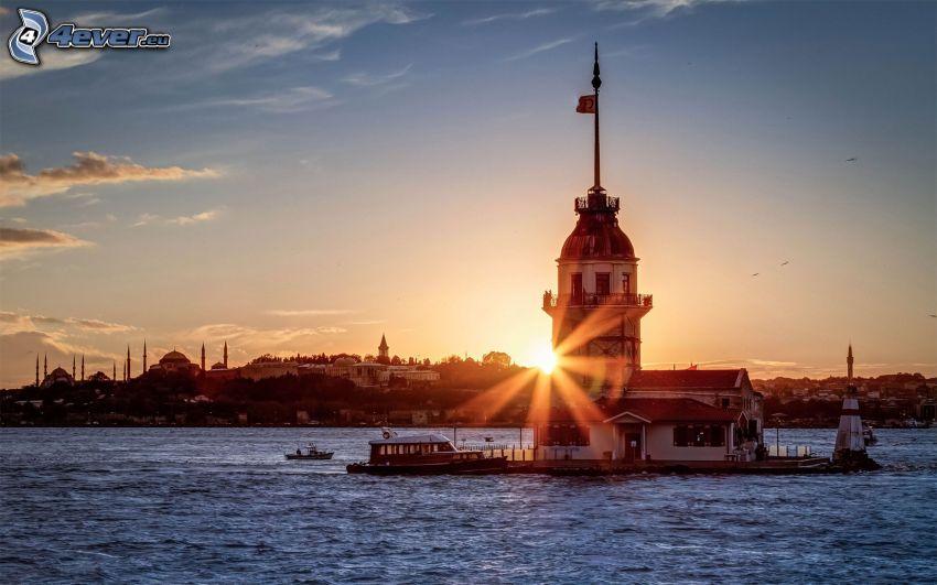 Kiz Kulesi, solnedgång i staden, hav