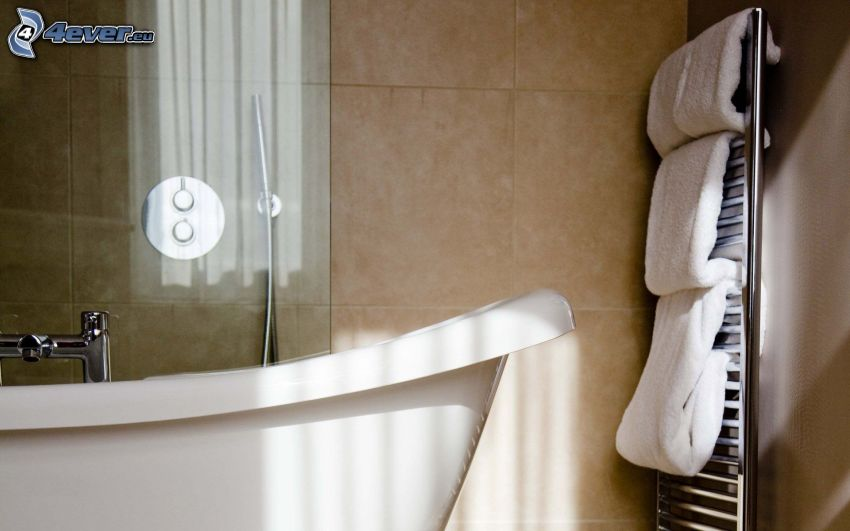 badrum, badkar, handdukar