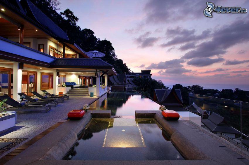 lyxigt hus, bassäng, kvällshimmel, terrass