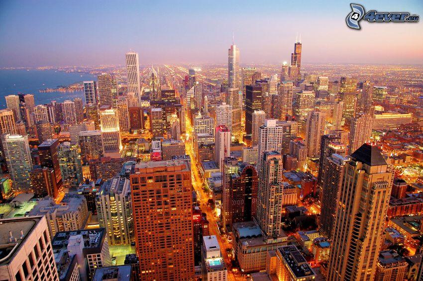 Chicago, kvällsstad, skyskrapor, stadsutsikt