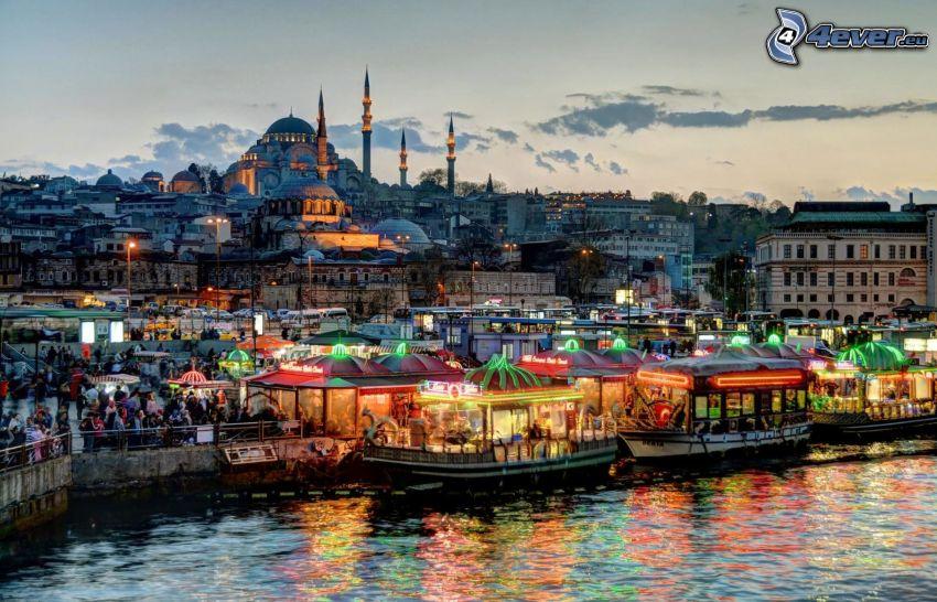 Istanbul, Blå moskén, hamn, kvällsstad