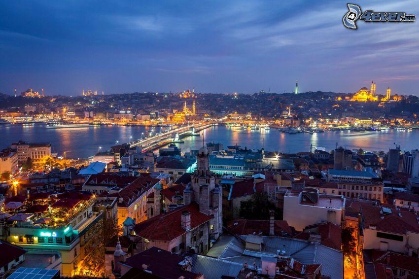 Istanbul, kvällsstad