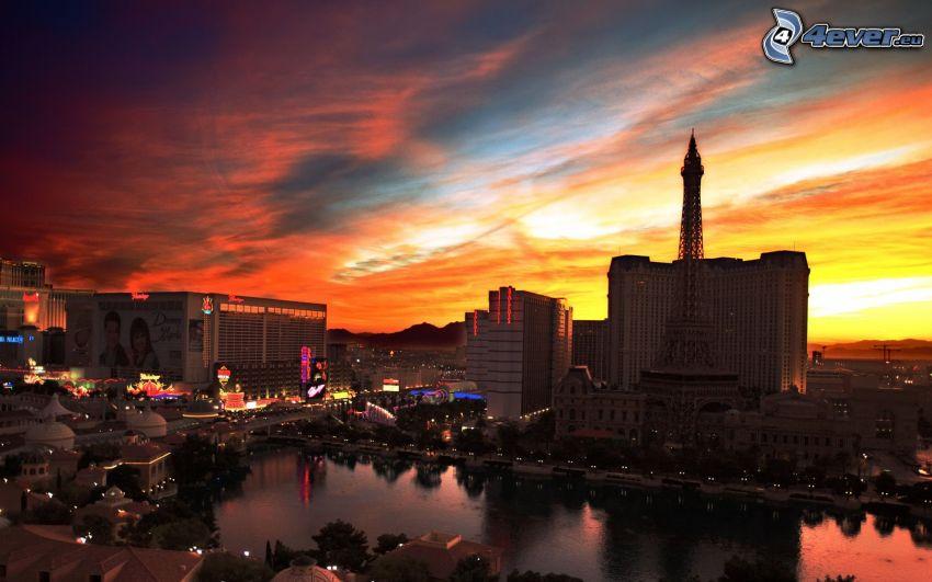 Las Vegas, Eiffeltornet, orange solnedgång, hus, flod