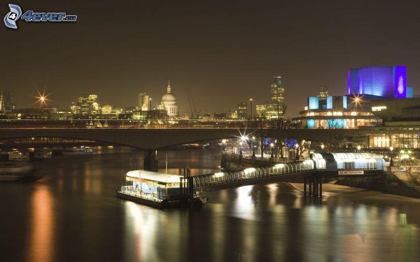 London, nattstad