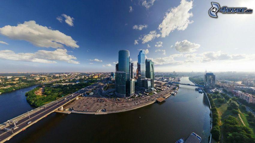Moskva, skyskrapor, broar, flod