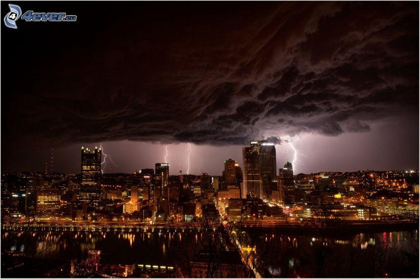 Pittsburgh, nattstad, storm