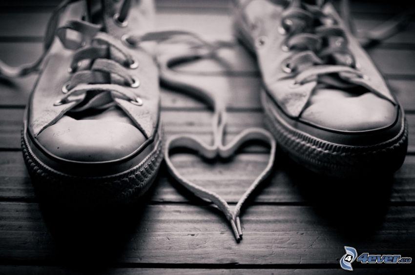 Converse, hjärta, skosnören