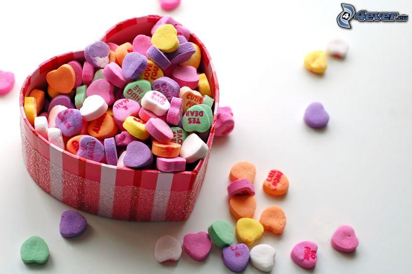 färgglatt godis, hjärtan, låda
