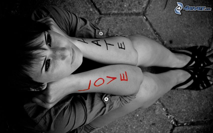 love, hate, tjej