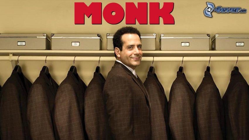 Adrian Monk, kostymer