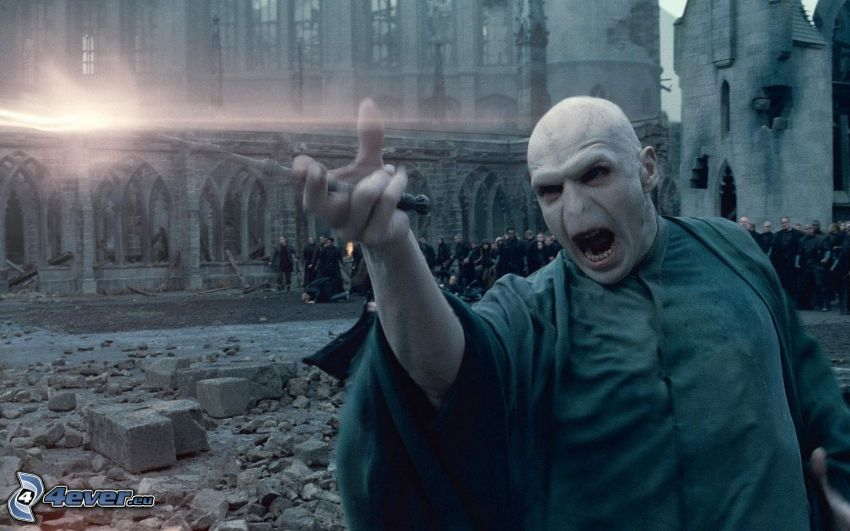 Lord Voldemort, trollkarl, Harry Potter