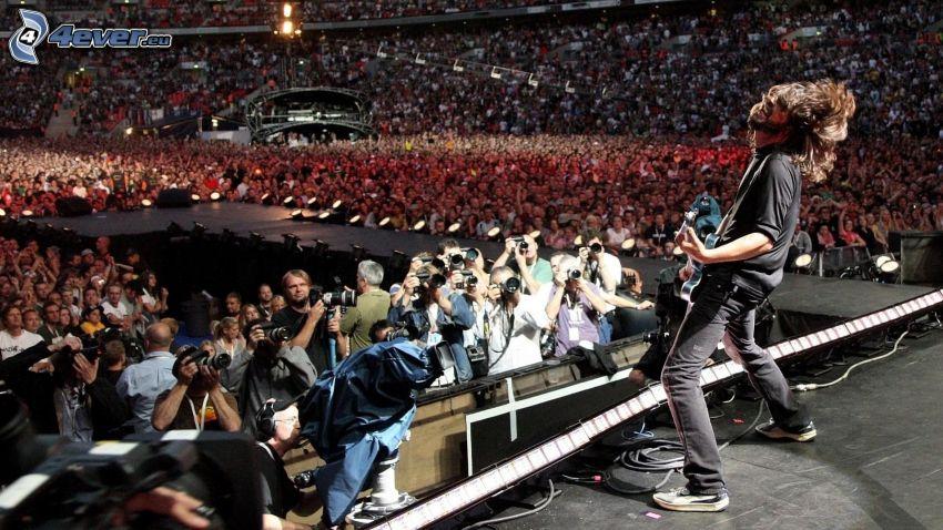 Foo Fighters, konsert, enormt party