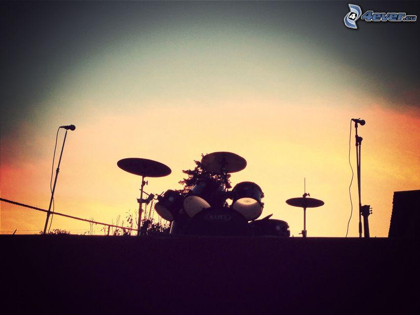trummor, silhuett, kväll