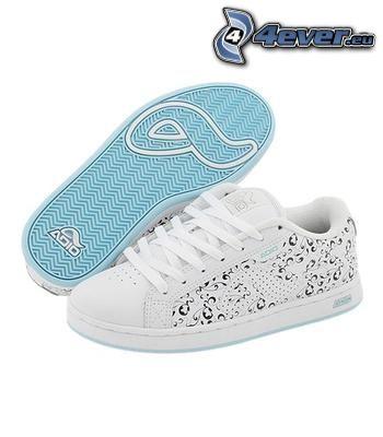 Adio, vita sneakers