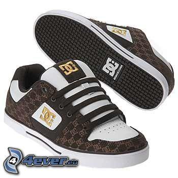 DC Shoes, bruna gymnastikskor