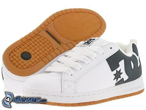 DC Shoes, vita sneakers