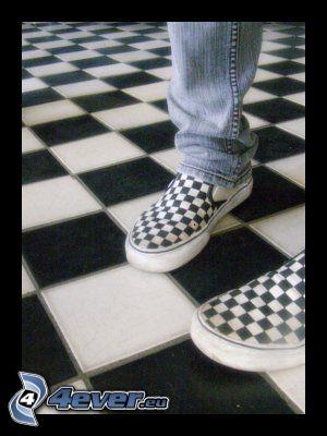 tofflor, schackbräda, ben