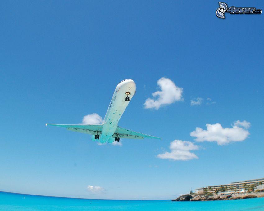 flygplan, landning, azurblå hav, moln