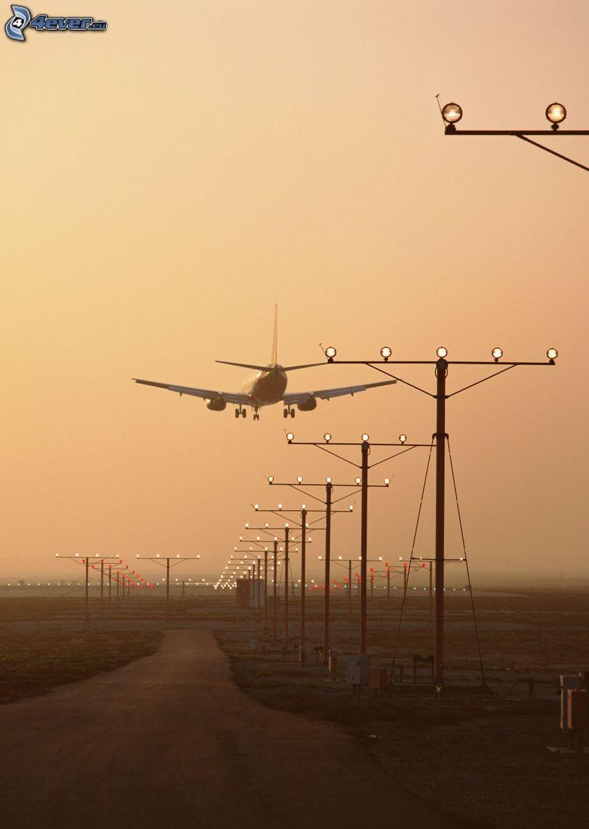 Boeing 757, landning, flygplats