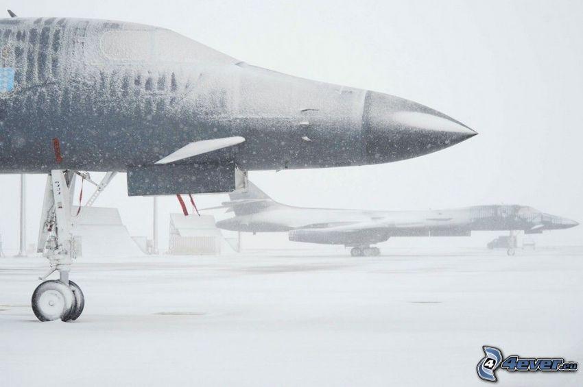 Ellsworth Air Force Base, snö, bas