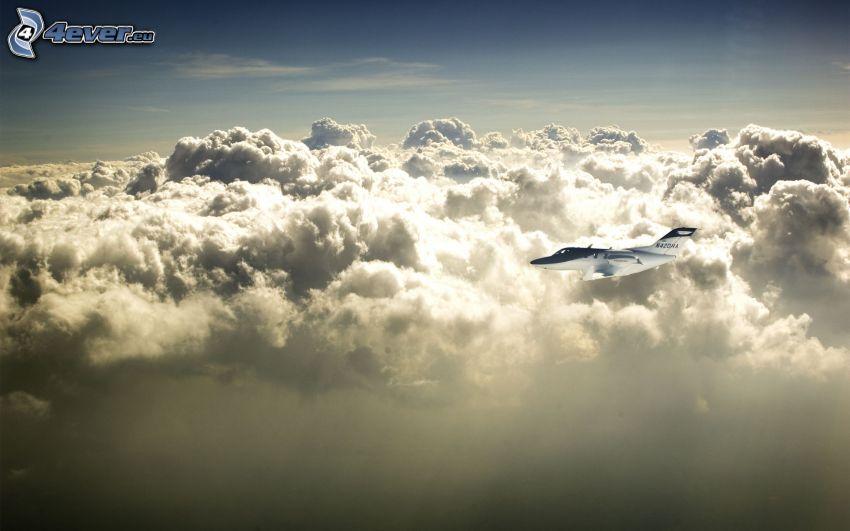flygplan i molnen, moln