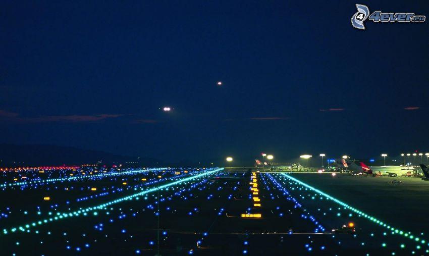 flygplats, natt