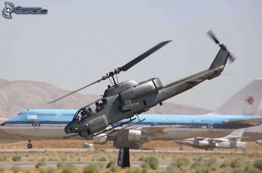 AH-1 Cobra, flygplan