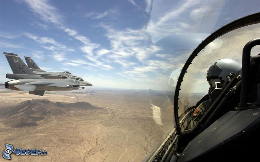 ett par F-16, pilot