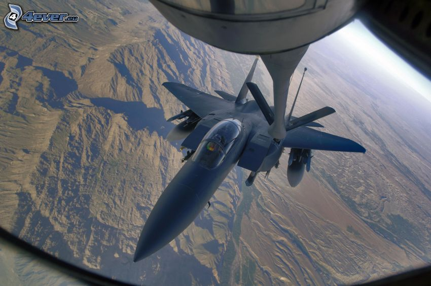 F-15 Eagle, lufttankning