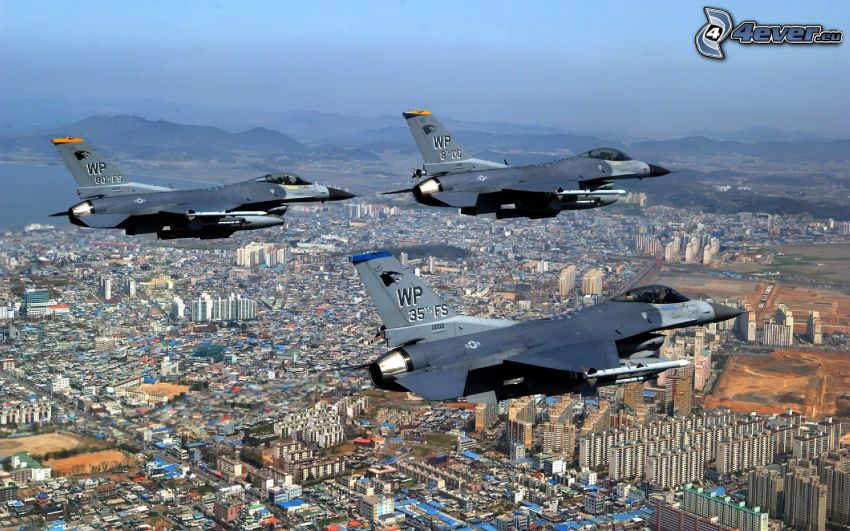 F-16 Fighting Falcon, formation, stad
