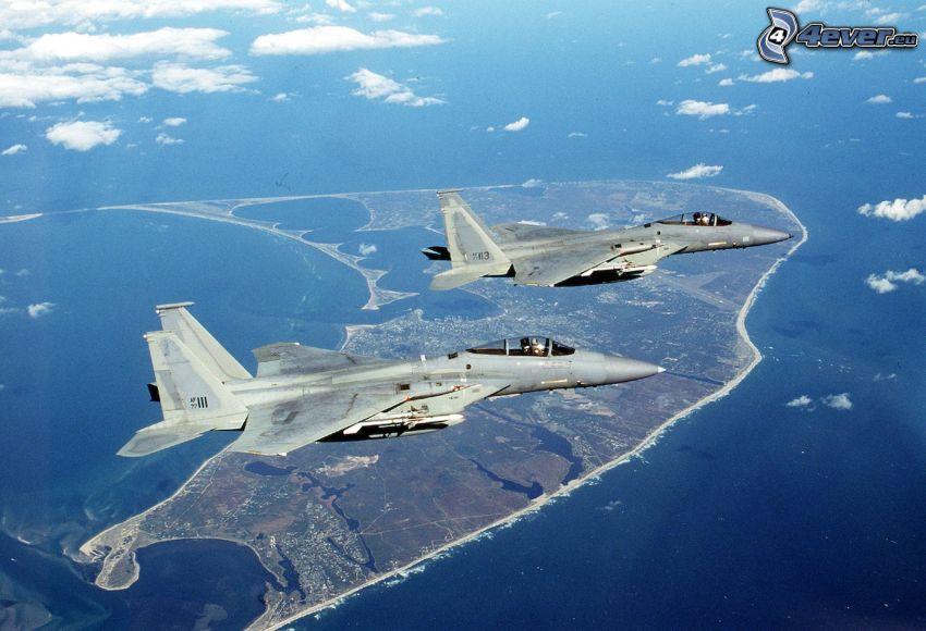 Jaktplan F-15 Eagle, moln, landskap