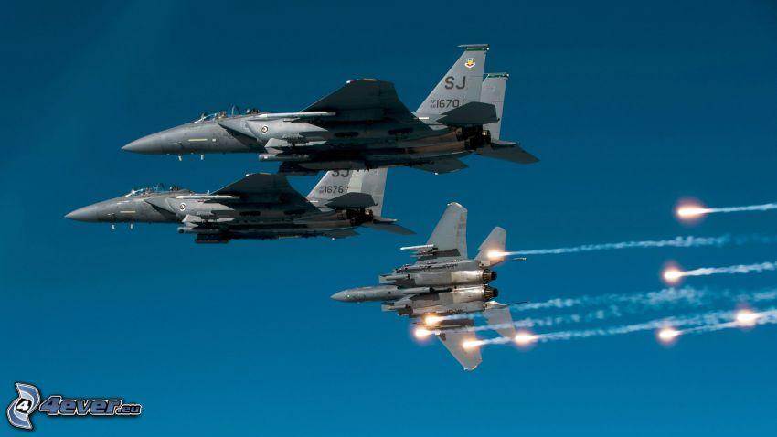 Jaktplan F-15 Eagle, raket