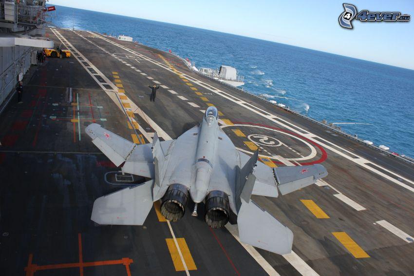 MiG-29, hangarfartyg, hav