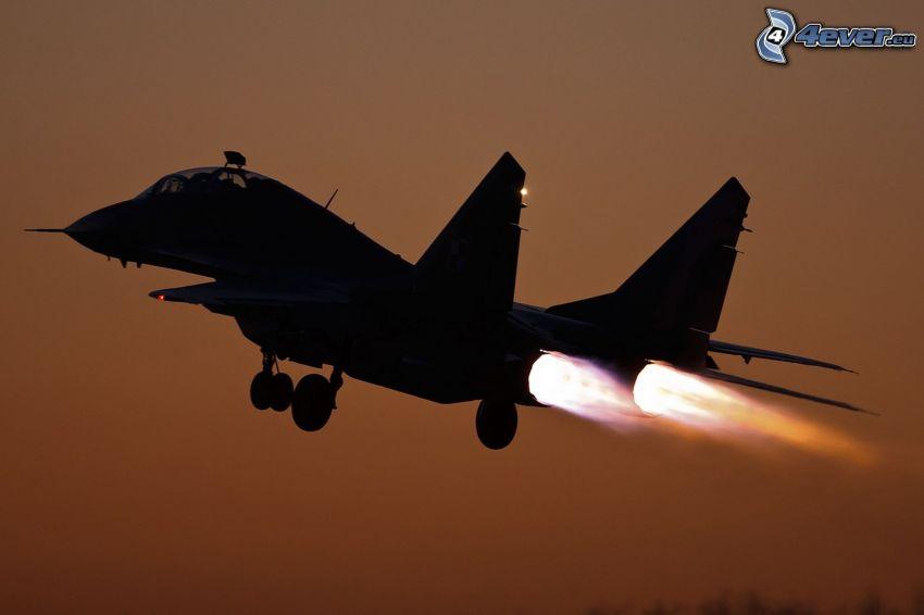 silhuett av jetplan