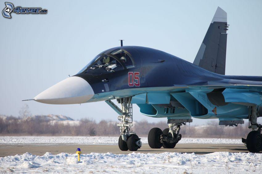 Sukhoi Su-34, snö