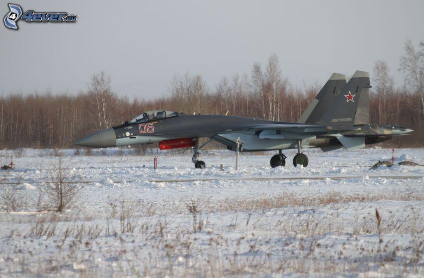 Sukhoi Su-35, snö