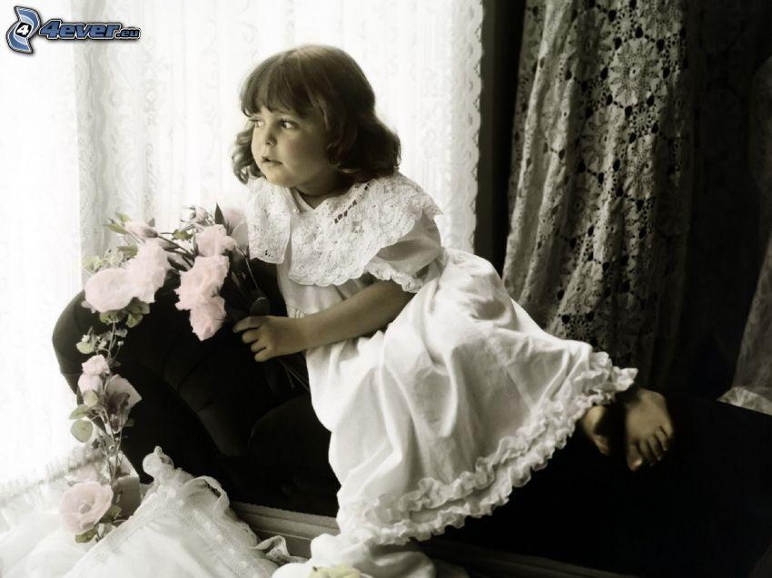 flicka, vit klänning